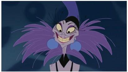 Yzma sorride goffamente